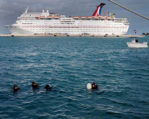 Enjoy a Cruise at Key West Harbor