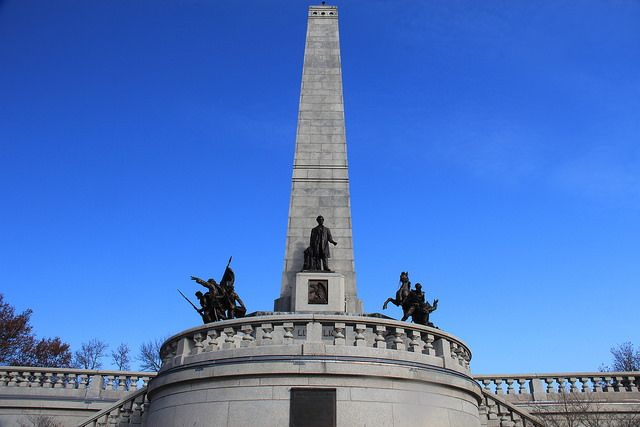 Lincoln Tomb and War Memorials