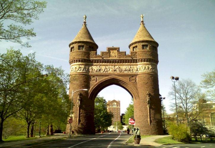Bushnell Memorial Park