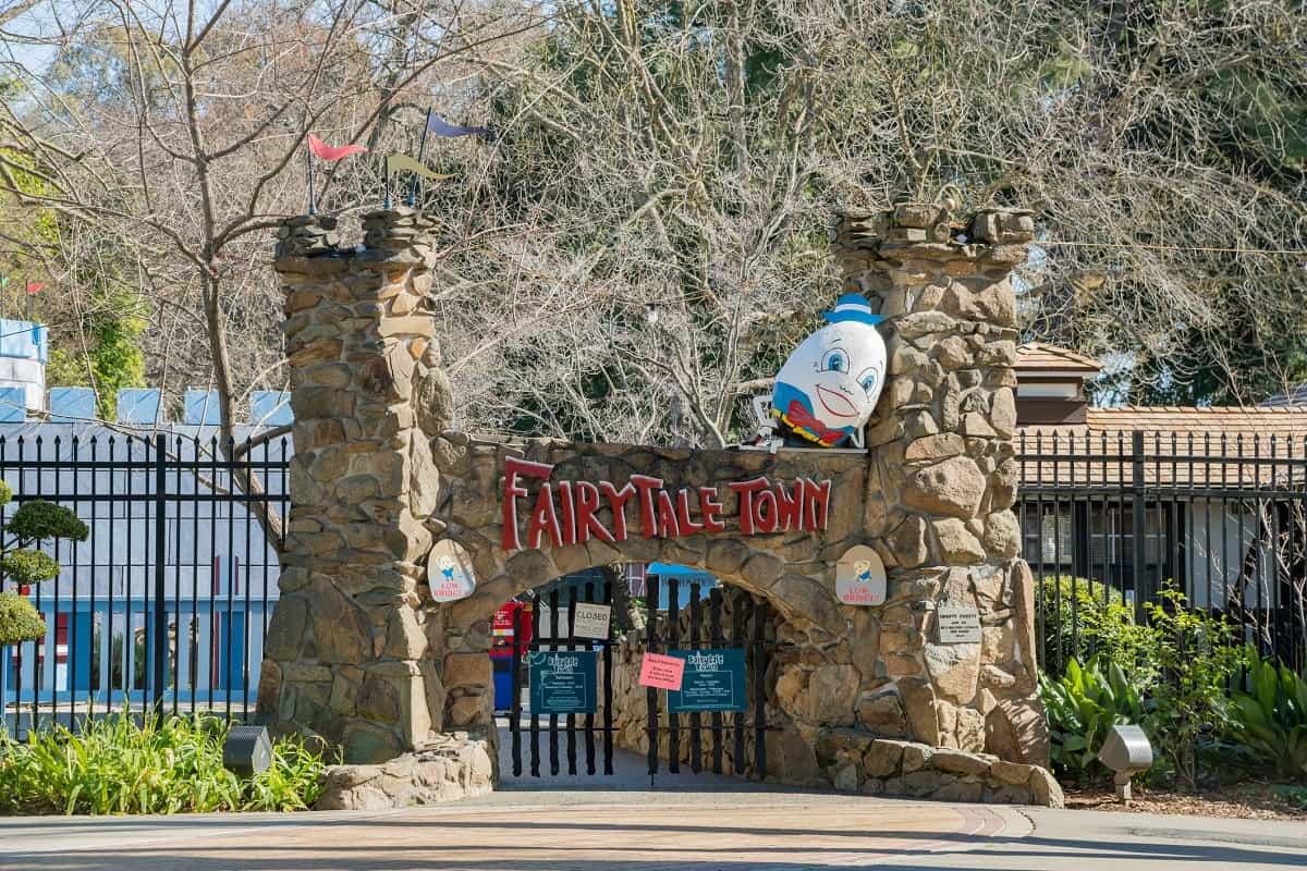 Fairyale Town