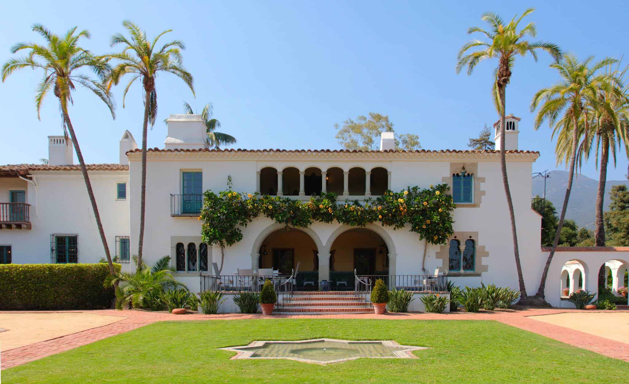 Casa Del Herrero: House of the Blacksmith