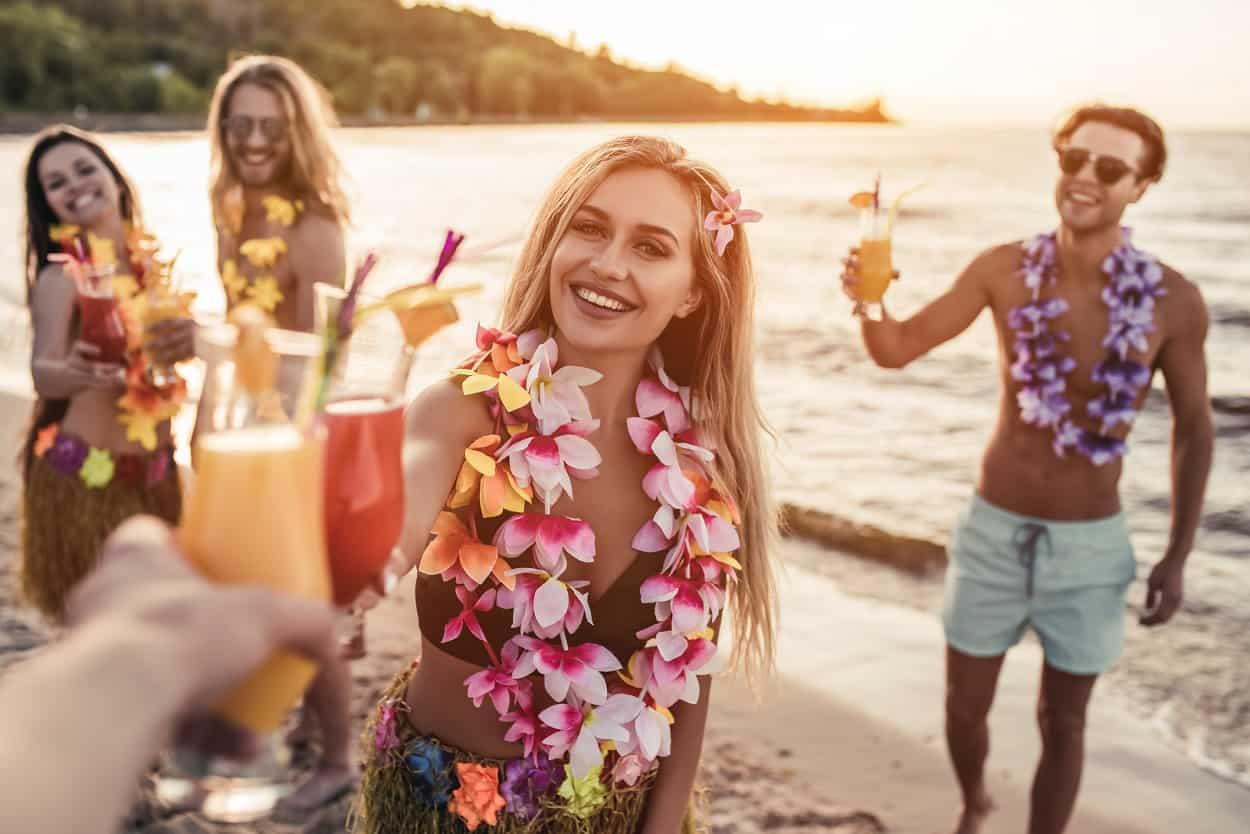 Enjoy Cocktails and Hawaiian Music