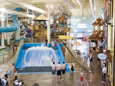 Avalanche Bay Indoor Waterpark, Boyne Falls, Michigan