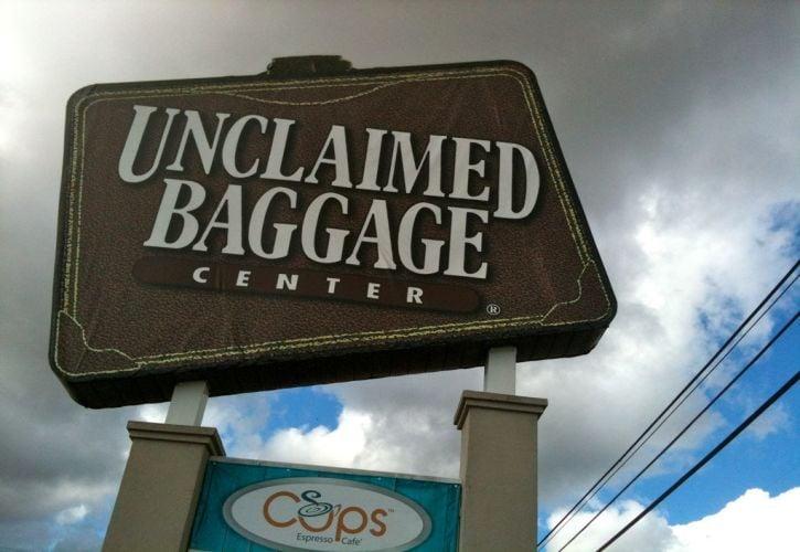 Unclaimed Baggage Centre, Alabama
