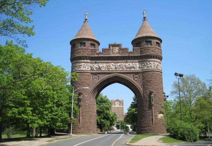 Soldiers and Sailors Memorial Archway , Connecticut