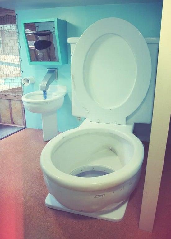 World's Largest Toilet, Columbus, Indiana