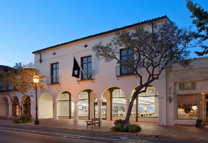Apple State Street, Santa Barbara, California