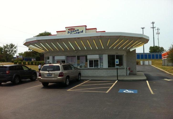 Greg's Frozen Custard, Mundelein, Illinois