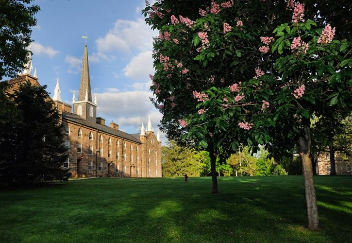 Kenyon College, Gambier, OH