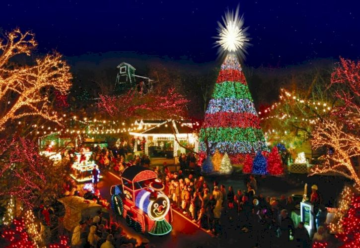 An Old Time Christmas at Silver Dollar City, Branson, Missouri