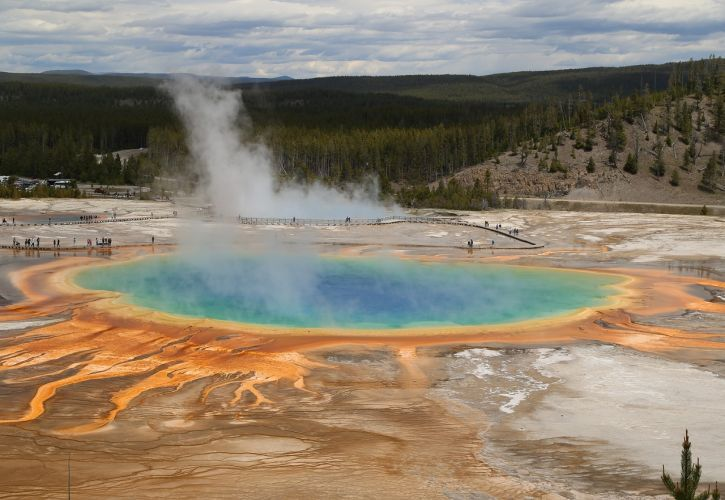 Yellowstone National Park (Wyoming, Montana, and Idaho)