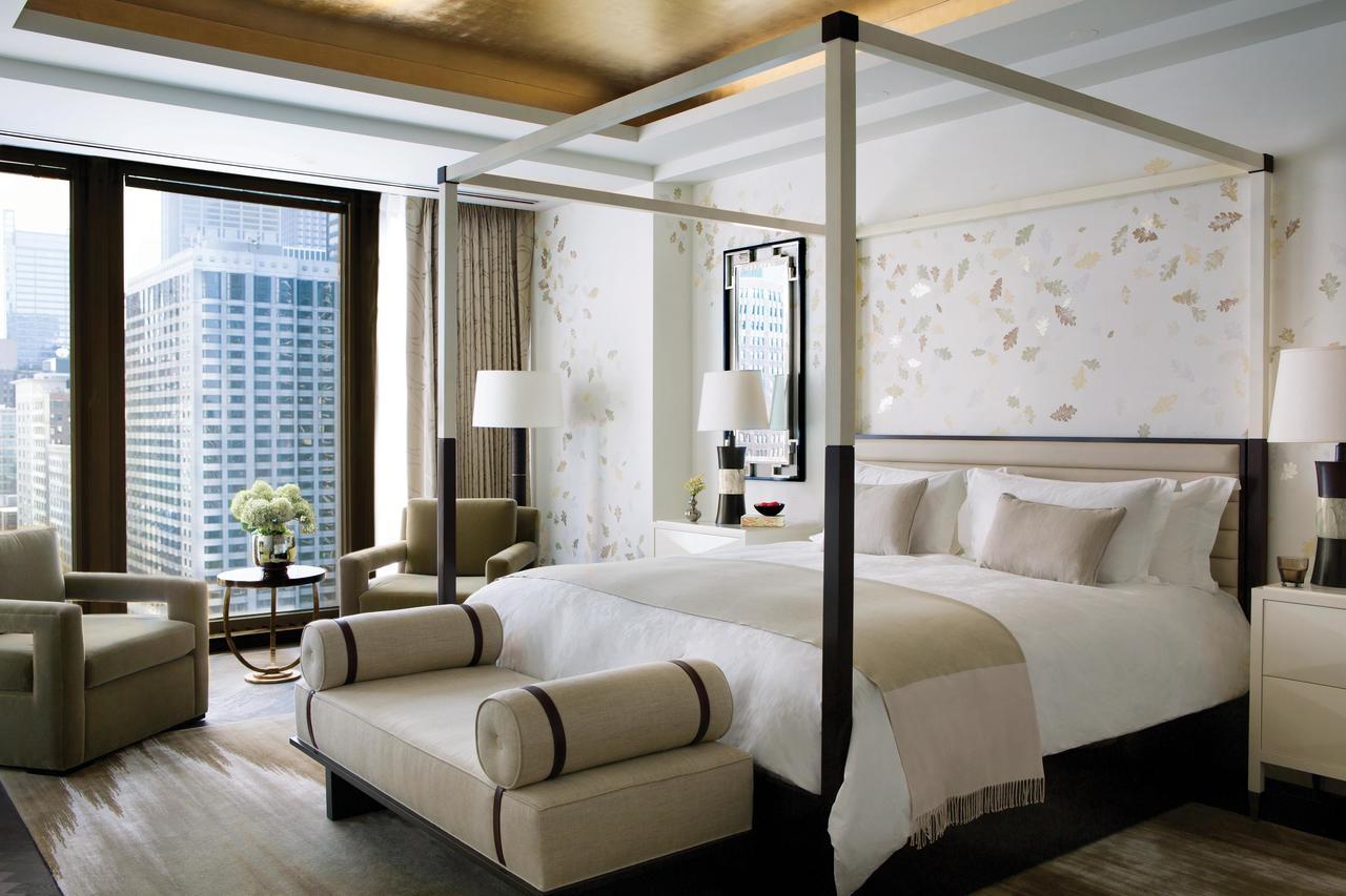 The Langham Chicago (Luxury)