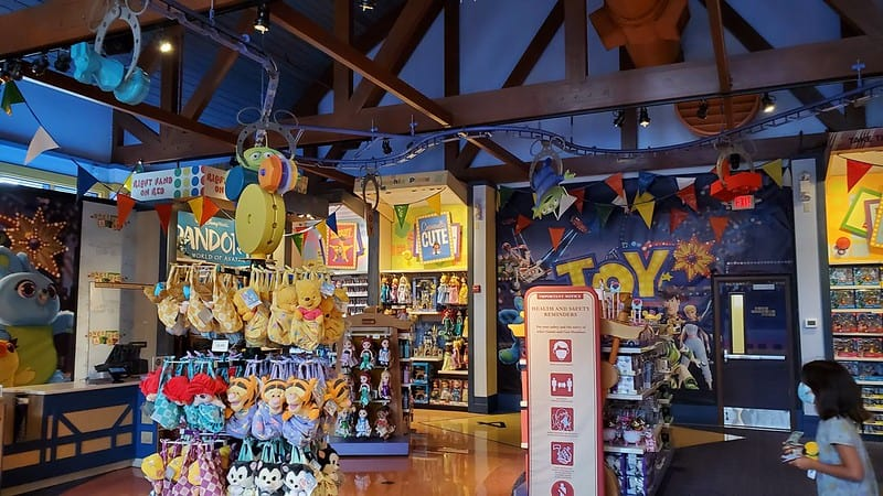 Go Shopping in Disney Springs