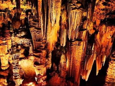 Top 10 Most Amazing Caves & Caverns in the USA