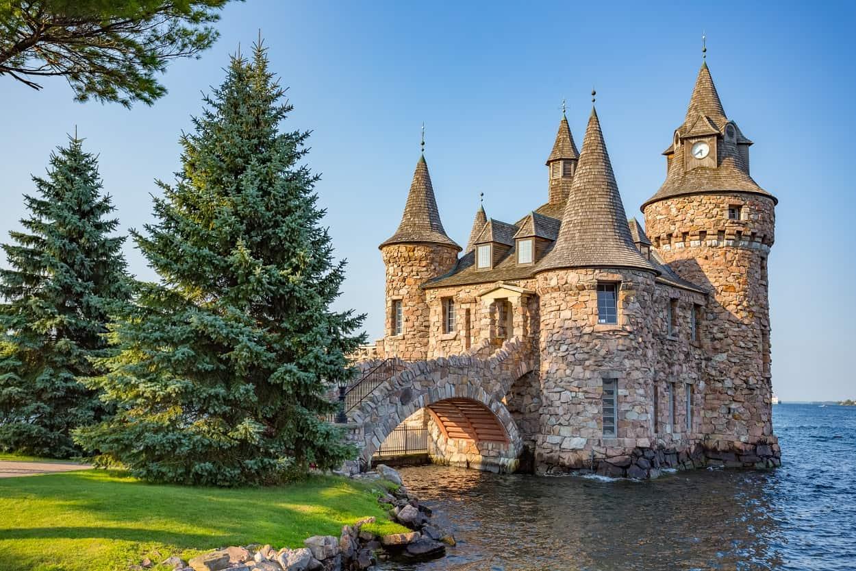 Top 10 Most Beautiful Castles in America