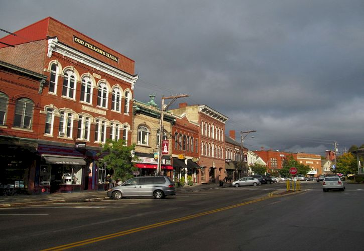 10 Most Beautiful Small Towns in New Hampshire
