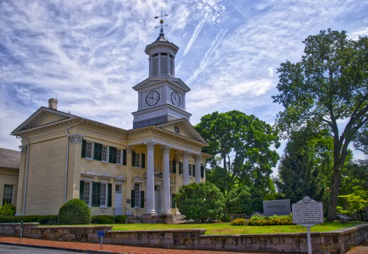 10 Most Beautiful Small Towns in West Virginia