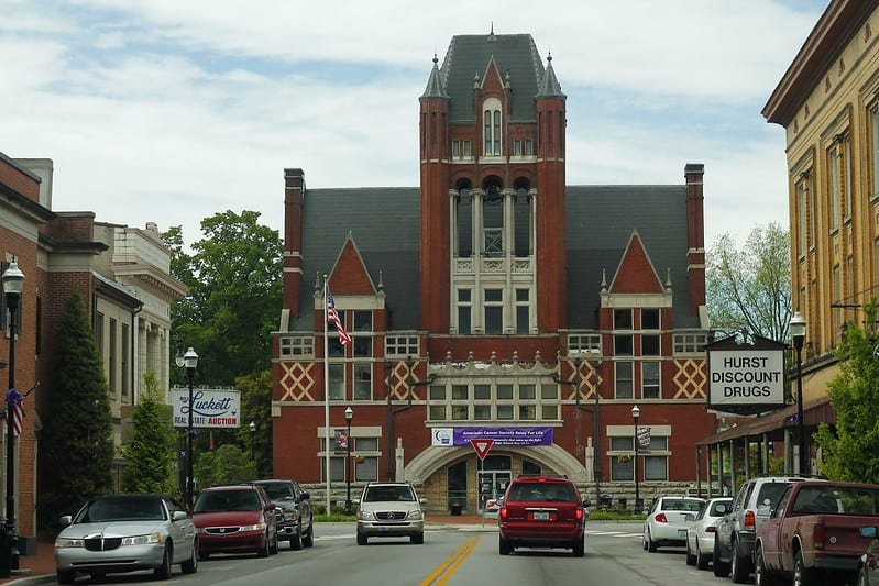 10 Most Beautiful Small Towns in Kentucky