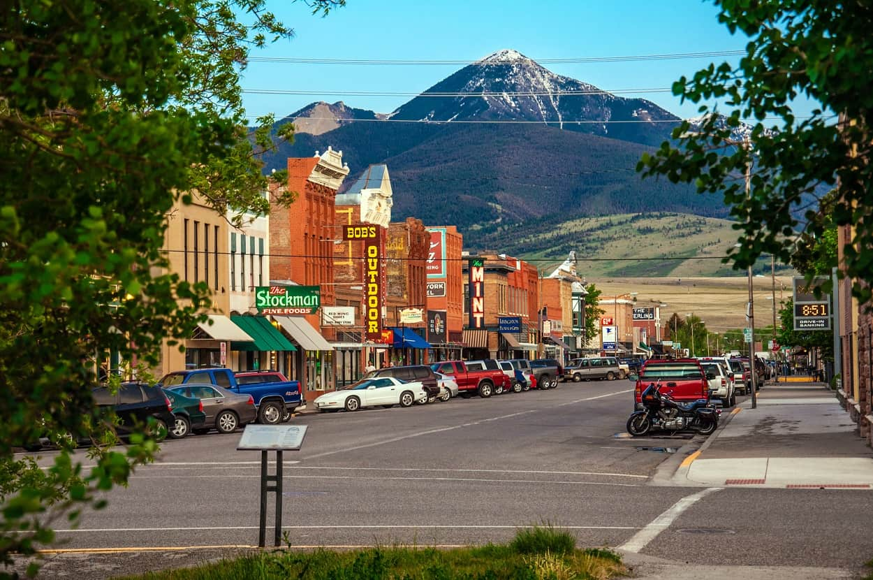10 Most Beautiful Small Towns in Montana